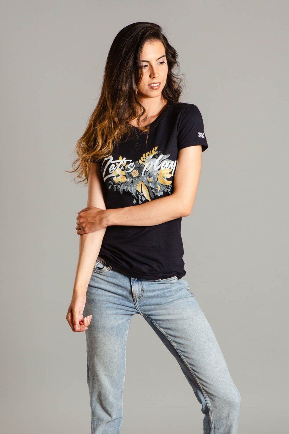 Brave Jungle Womens T-shirt - CMN1001